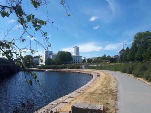 Sandvika – Stabekk – Høvik – Sandvika..