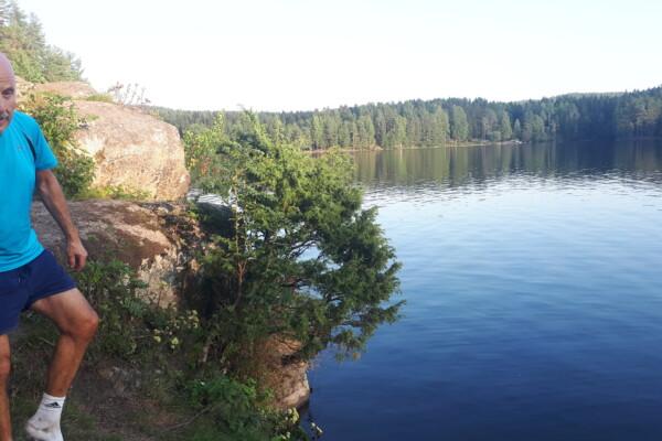 Østmarka; Stiløping over Slettfjell før bad i Nøklevann….
