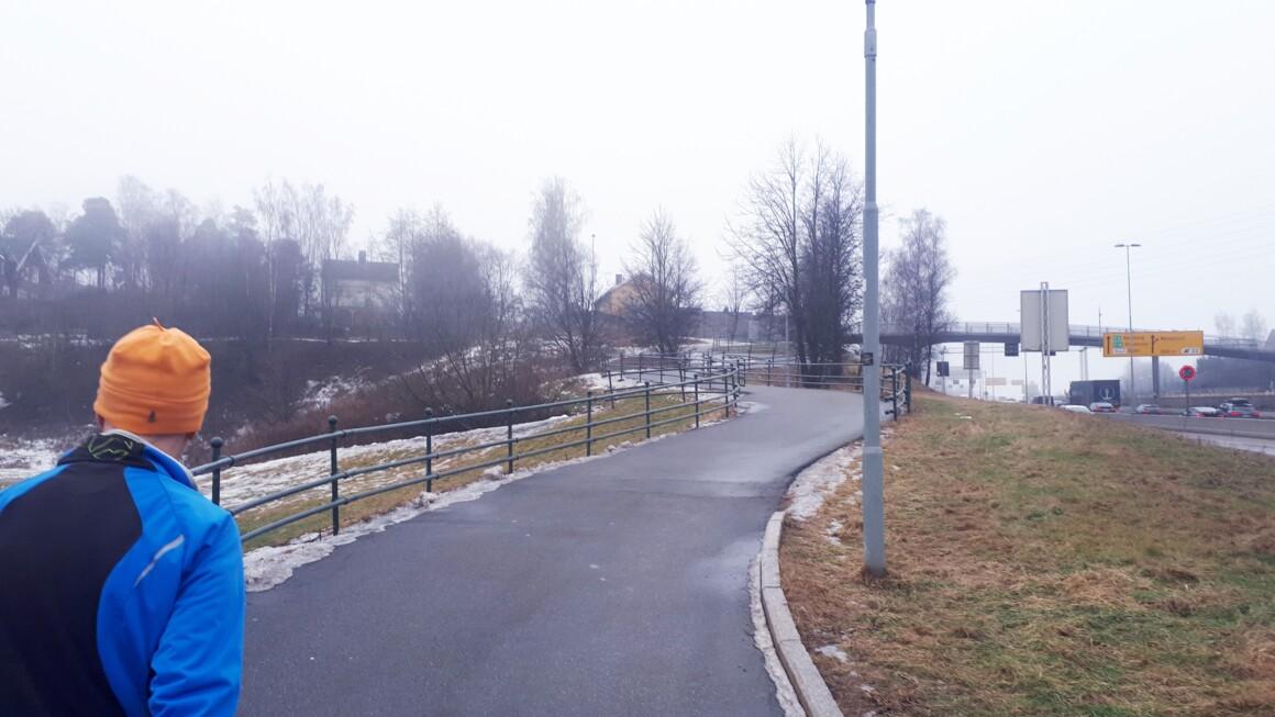 På bar asfalt fra Haraløkka – Oppsal – Nordre Skøyen Hovedgård – Abildsø….