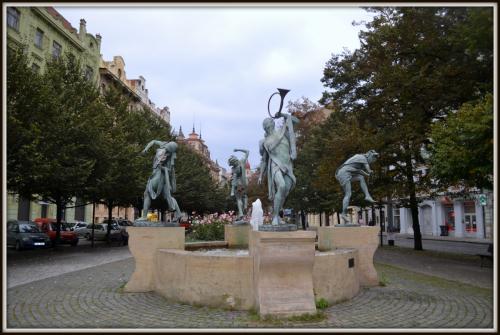 Skulpturene!