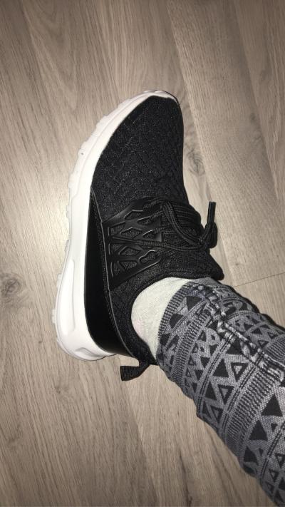 aad5c754 I dag tenkte jeg å skrive litt om Ebay og Wish og litt om noen produkter  som jeg har kjøp derfra. Det jeg kjøpte sist fra Ebay var et par sko i  størrelse ...