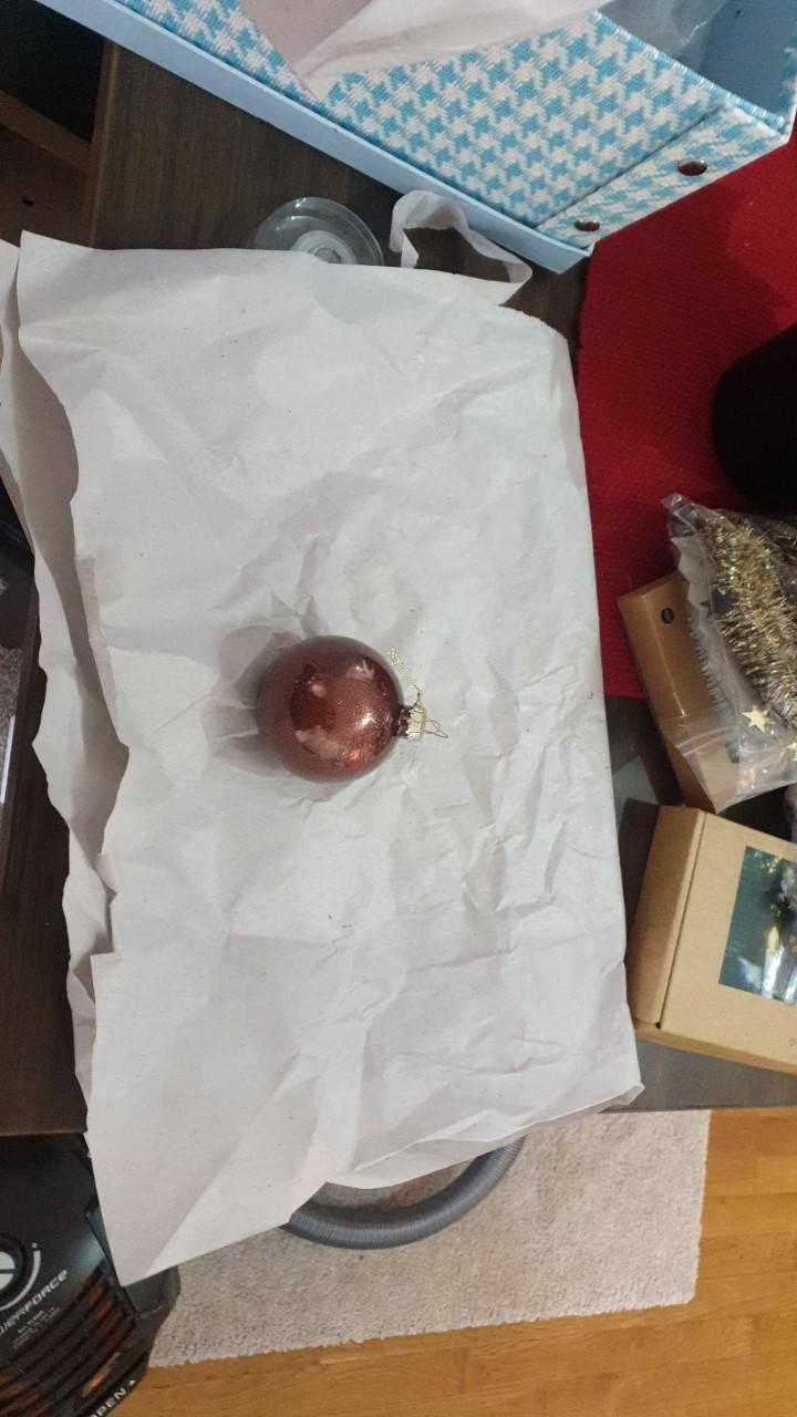 innpakking av julekuler