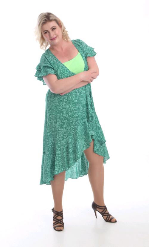 a93265cf #mote #kjole#vårkjole2019#polkadotkjole#mote2019#vårklær#grønnkjole#klær#photo#photoshoot#modell