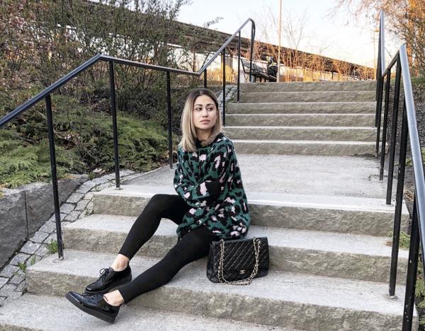 Sanaz Zareiee – Shop Smart