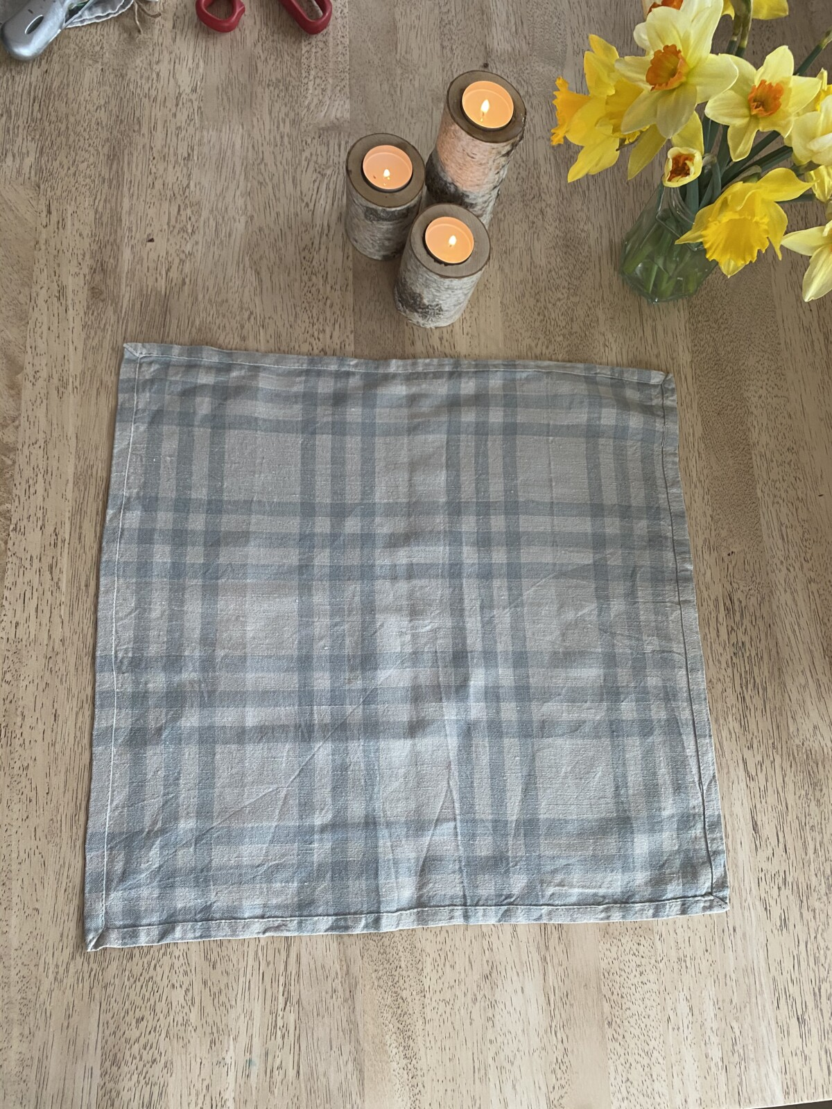 Man starter med hele servietten uten bretter