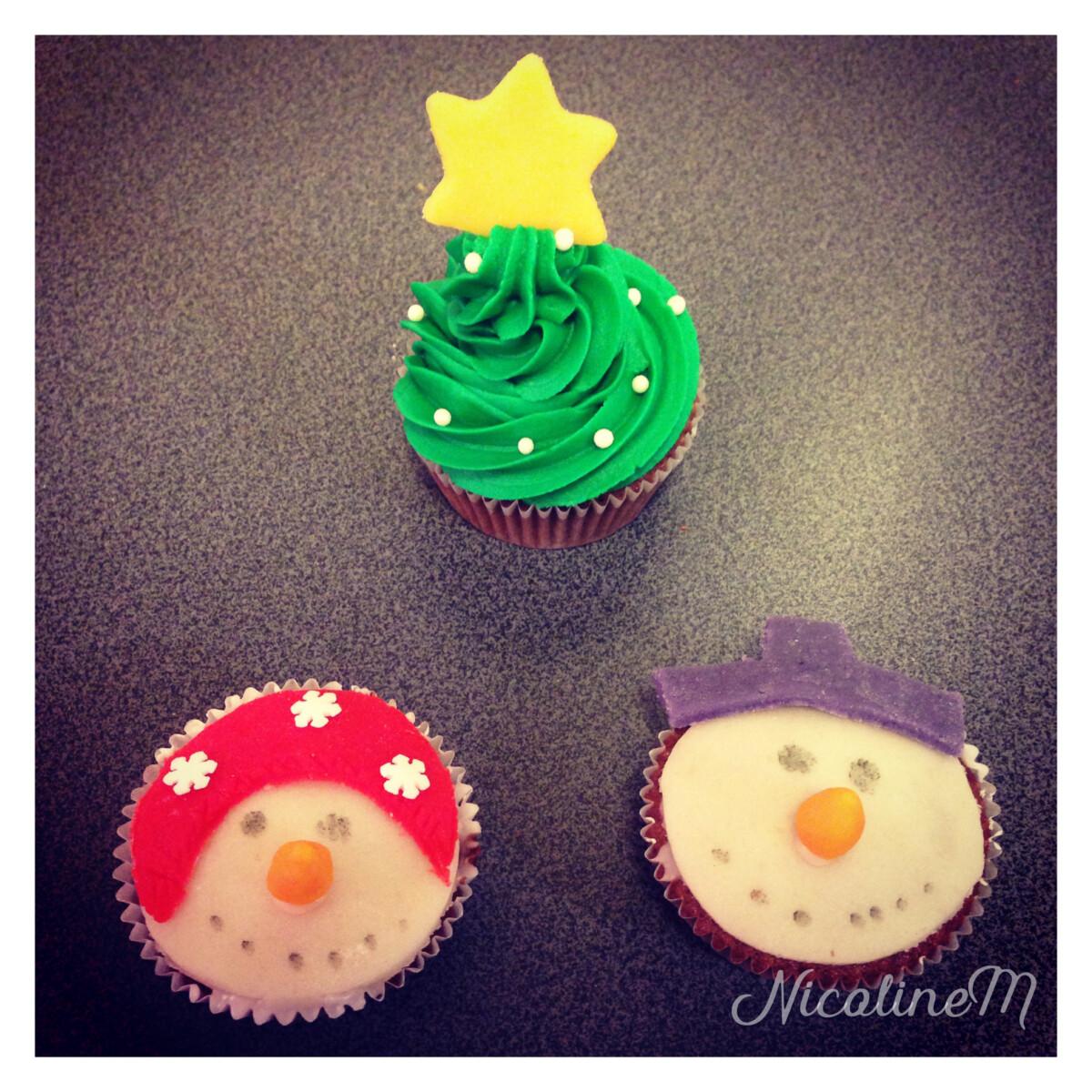 cupcakes snømann og juletre