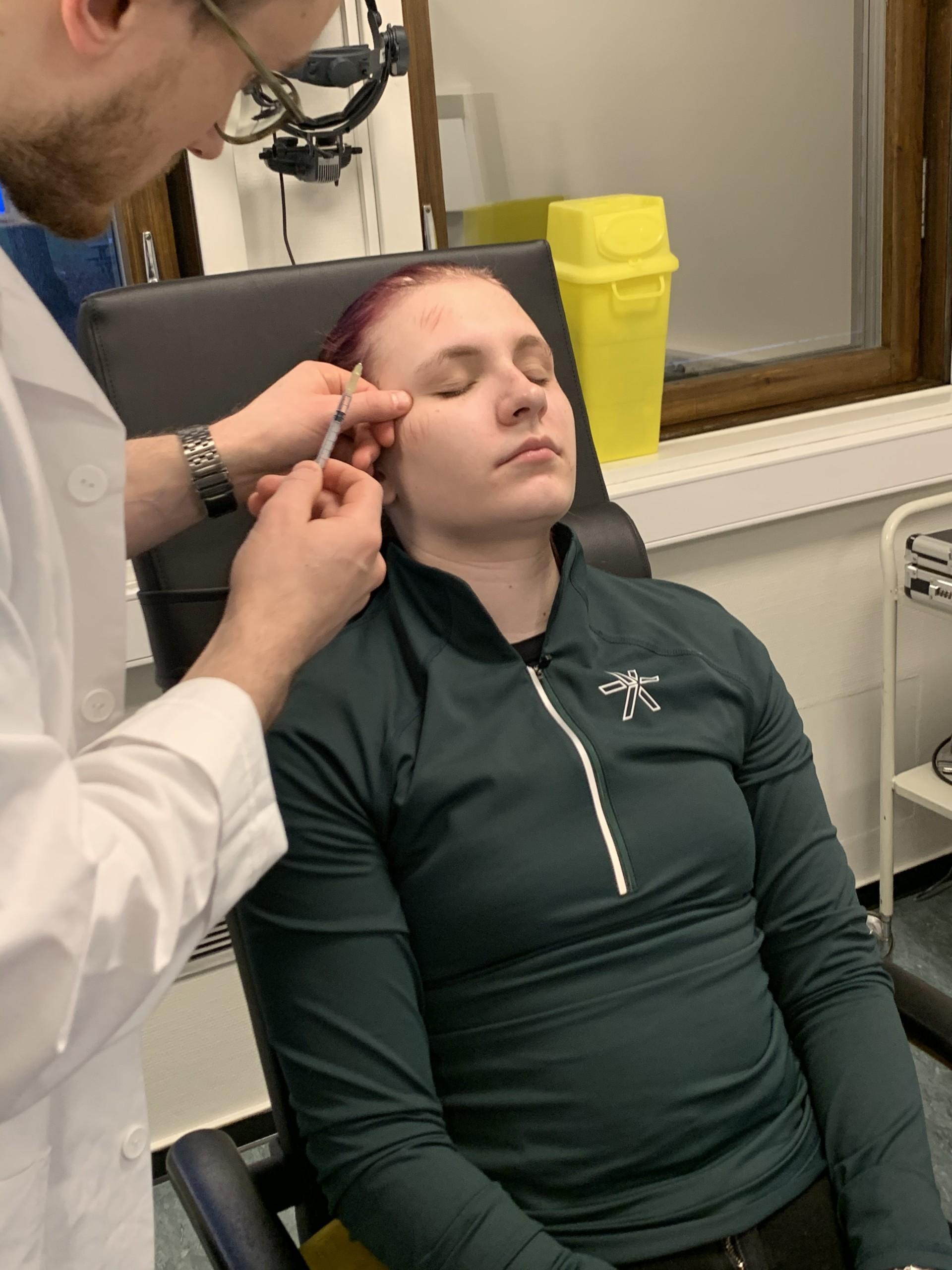 Komplikasjoner etter Botox injeksjon