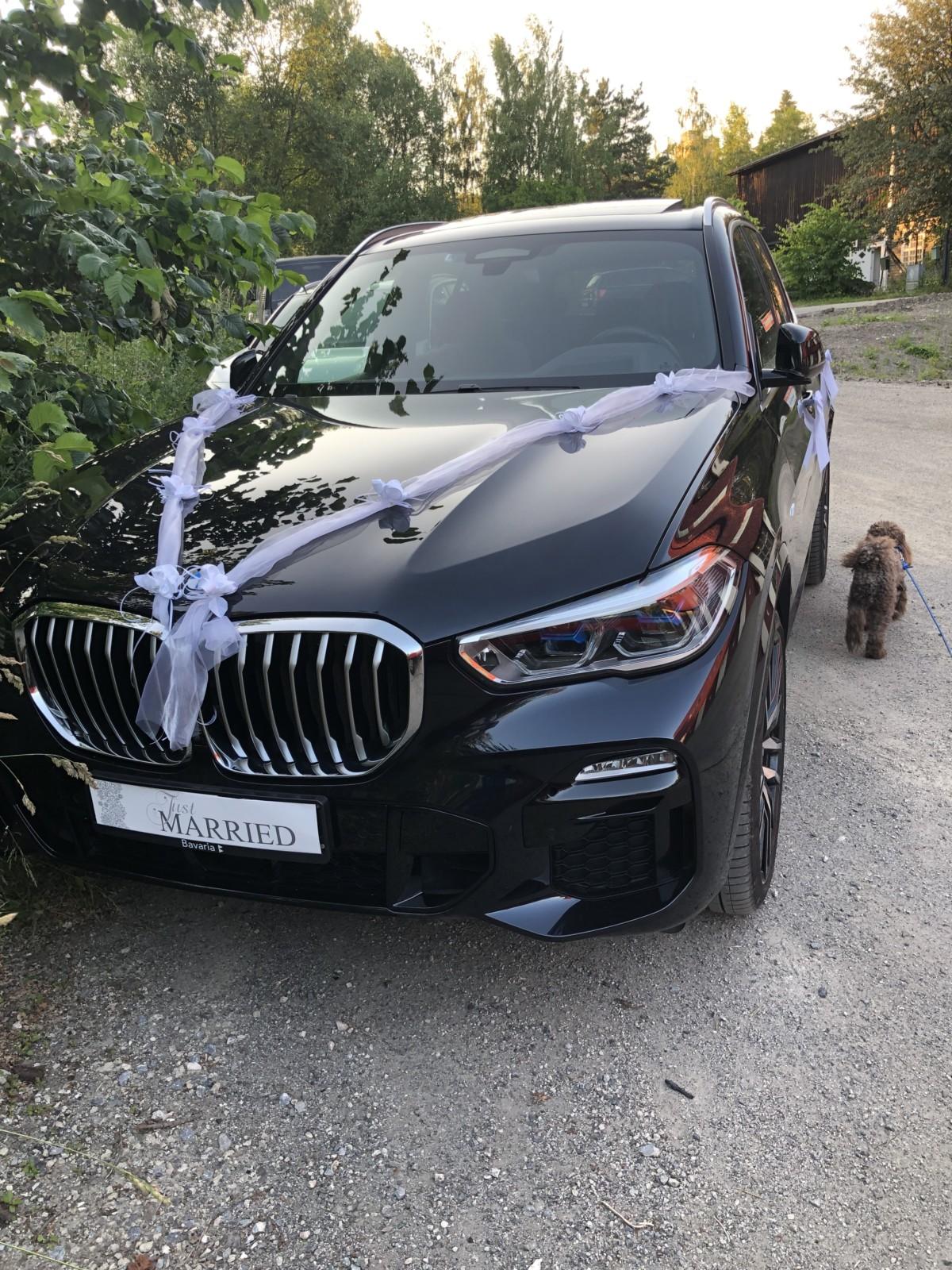 Bryllupsbil BMW just married på Sagbladfabrikken