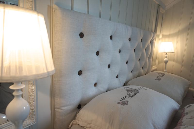 lage sengegavl med knapper