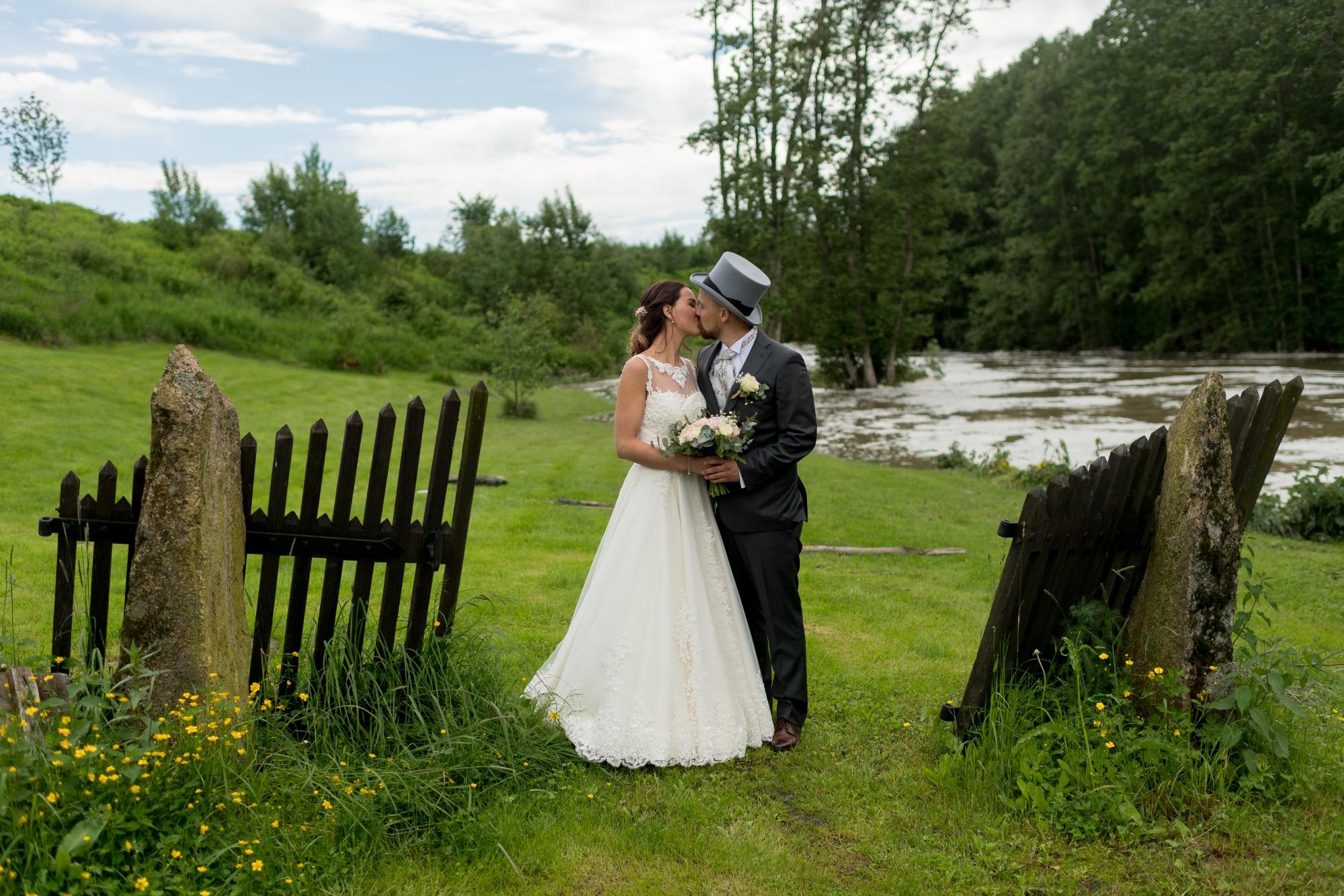 5fb0c48f80ac Speiltvillingene – Bryllup - kjærlighet og detaljer