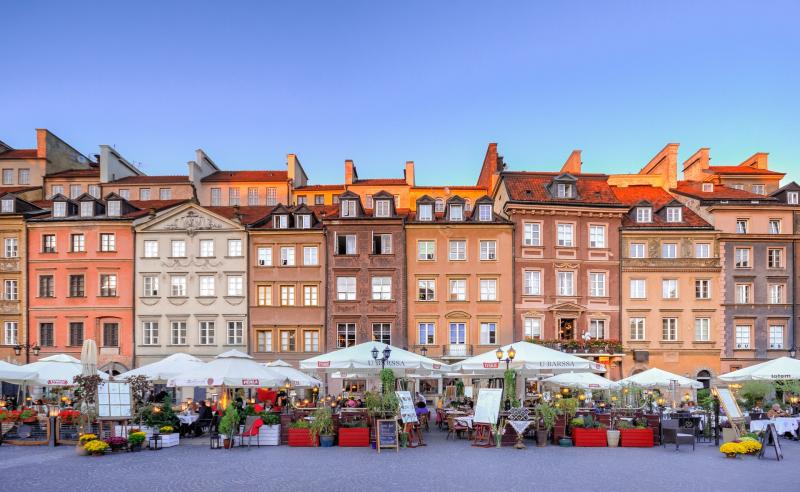 Fargerik sommer i Warszawa