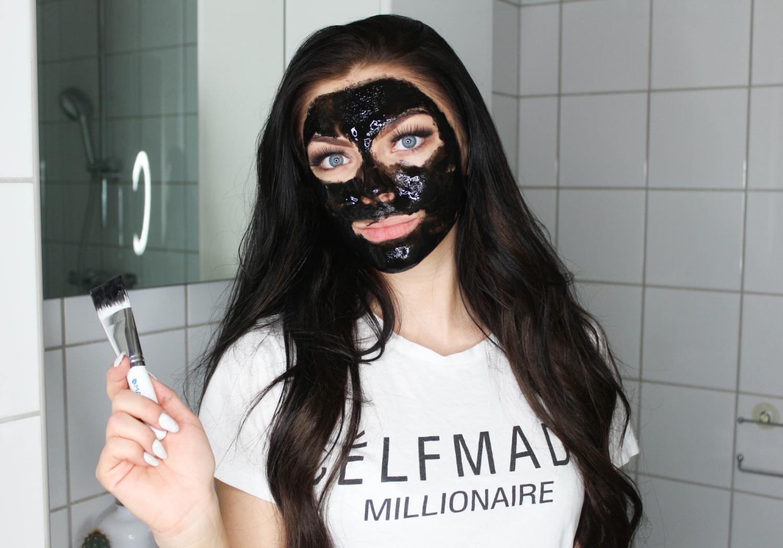 ansiktsmaske som fjerner hudormer
